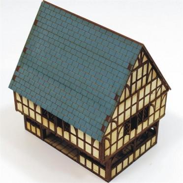 Grande maison Colombage avec marché couvert