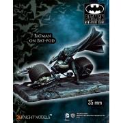 Batman - Batman on Bat-Pod