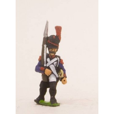 French: Line Infantry 1793-1806: Grenadier in Bearskin, advancing with Musket upright