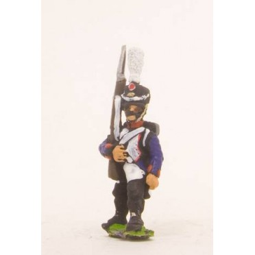French: Line Infantry 1806-1812: in Shako, advancing with Musket upright