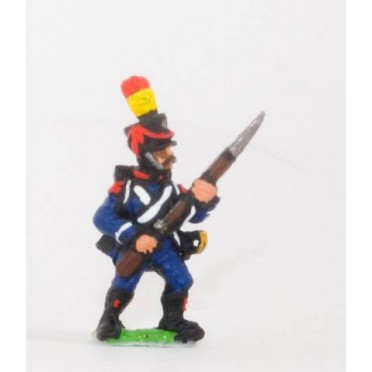 French: Light Infantry (Leger): Carabinier, Chasseur or Voltigeur in Shako with side plume