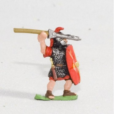 Marian Roman: Legionary with pilum & shield