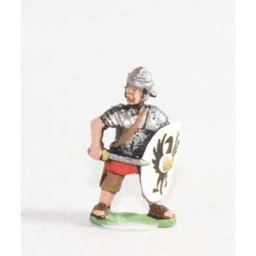 Middle Imperial Roman: Legionary with sword and shield