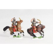 Late Imperial Roman: Horse archer in mail shirt & helmet, firing