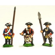 Seven Years War Prussian: Command: Musketeer Officer, Standard Bearer (with flag pole only - no cast metal flag) & Drummer pas cher