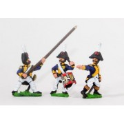 Early Spanish Infantry: Command: Line Officer, Standard Bearer and Drummer, advancing pas cher