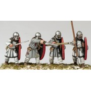Arthurian Regular Spearmen in Helmet pas cher